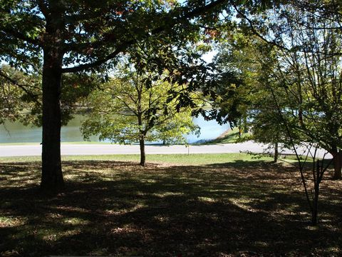 Lakeview, Dickson, TN 37055
