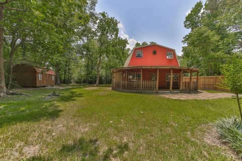 Photo of 2889 Rollinghills Rd, Conroe, TX 77303