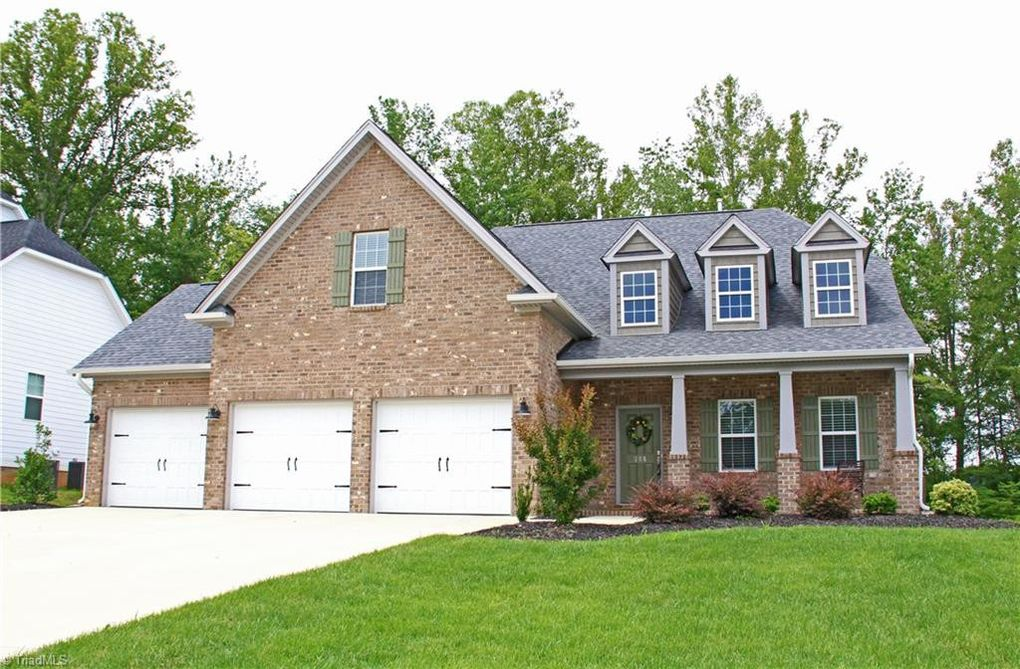 405 Meadowfield Run, Clemmons, NC 27012