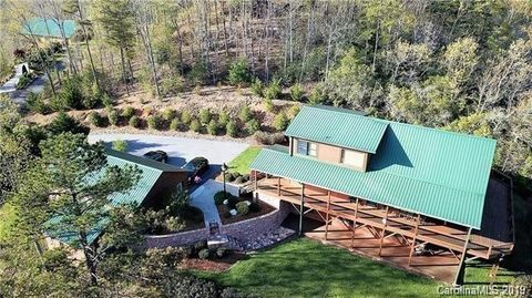 Photo of 64 Sugarwood Dr, Murphy, NC 28906