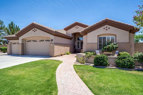 Photo of 7933 W Louise Dr, Peoria, AZ 85383