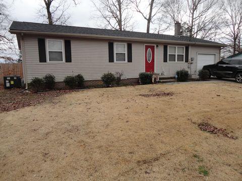 6006 Nails Creek Rd, Seymour, TN 37865