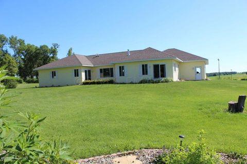 Photo of 204 Meadow Cir, Ashby, MN 56309