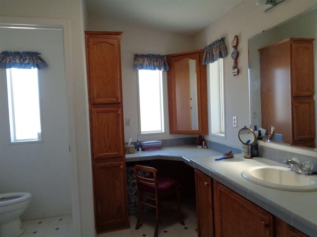 12611 e 34th st yuma az 85367 for Kitchen cabinets yuma az