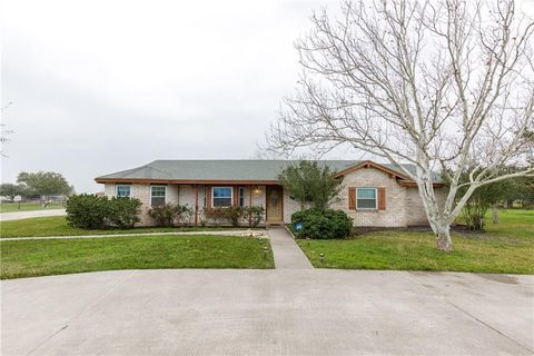 Photo of 3734 W Barber Ln, Robstown, TX 78380