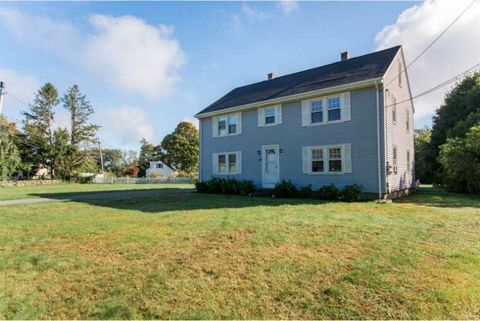 502 Middle Rd, Portsmouth, RI 02871