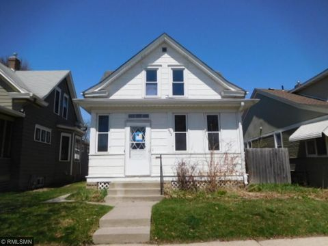 953 Thomas Ave, Saint Paul, MN 55104