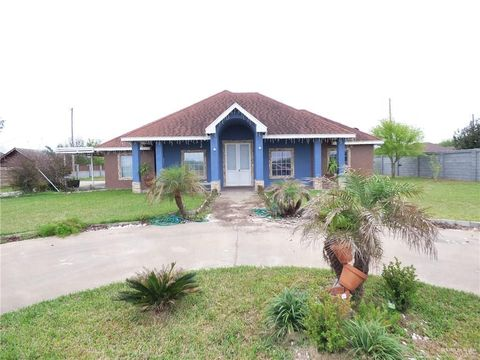 Photo of 15 Emilia St, Rio Grande City, TX 78582