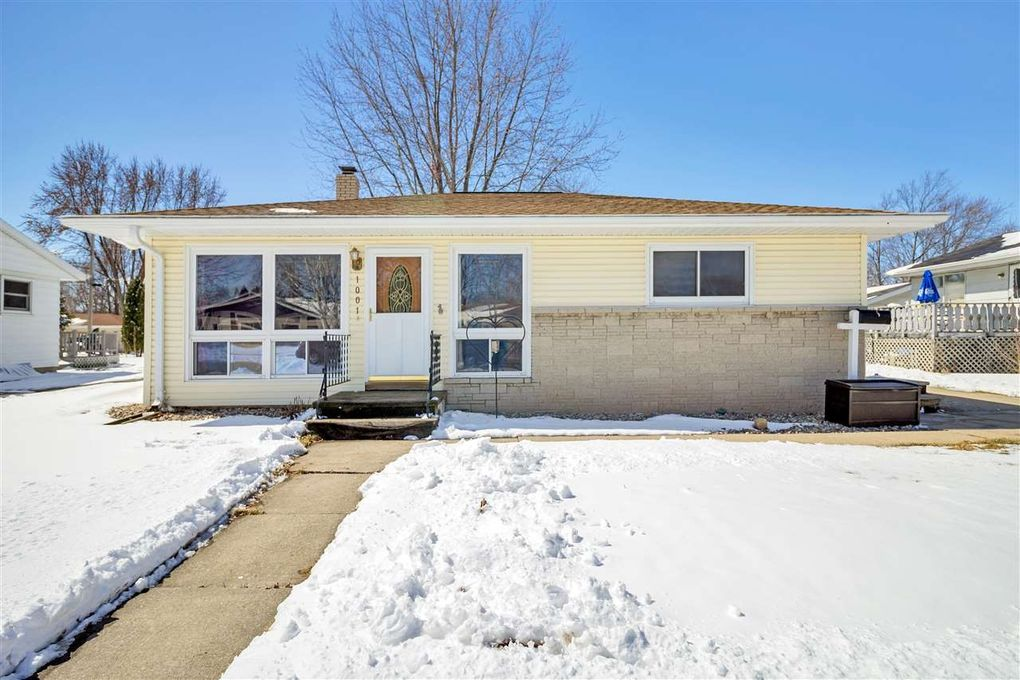1001 s christine st appleton wi 54915 realtor 1001 s christine st appleton wi 54915 solutioingenieria Image collections