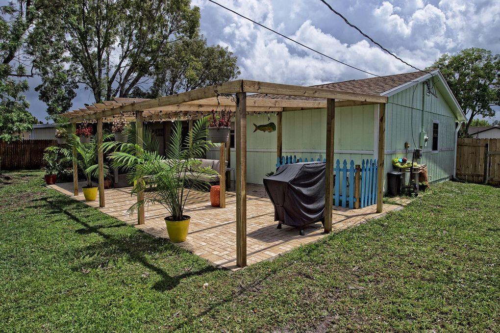 879 Sw Canary Terr Ter, Port Saint Lucie, FL 34953