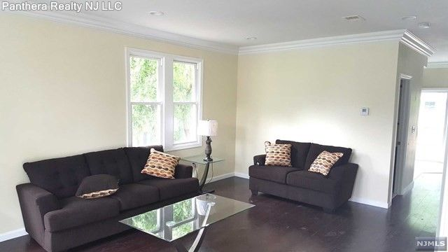 173 Harcourt Ave, Bergenfield, NJ 07621