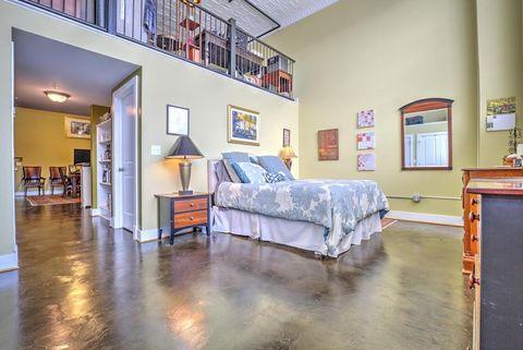 319 Campbell Ave Sw Apt 103  Roanoke  VA 2401647 Patton Ave  Roanoke  VA 24016   realtor com . Apartments In Downtown Roanoke Va. Home Design Ideas