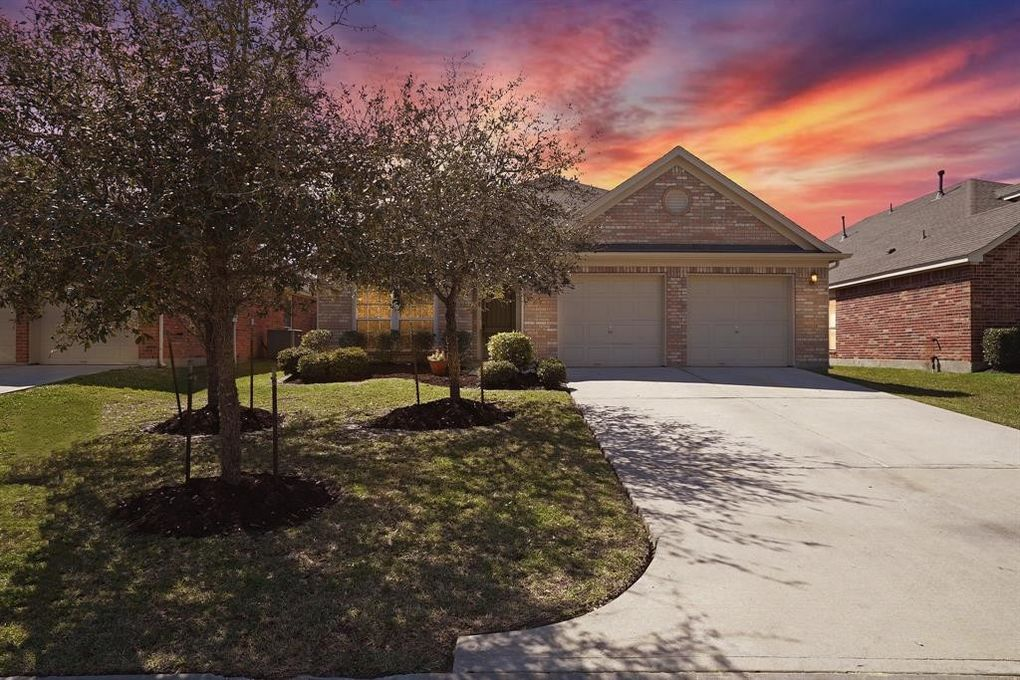 26883 Squires Park Dr, Kingwood, TX 77339