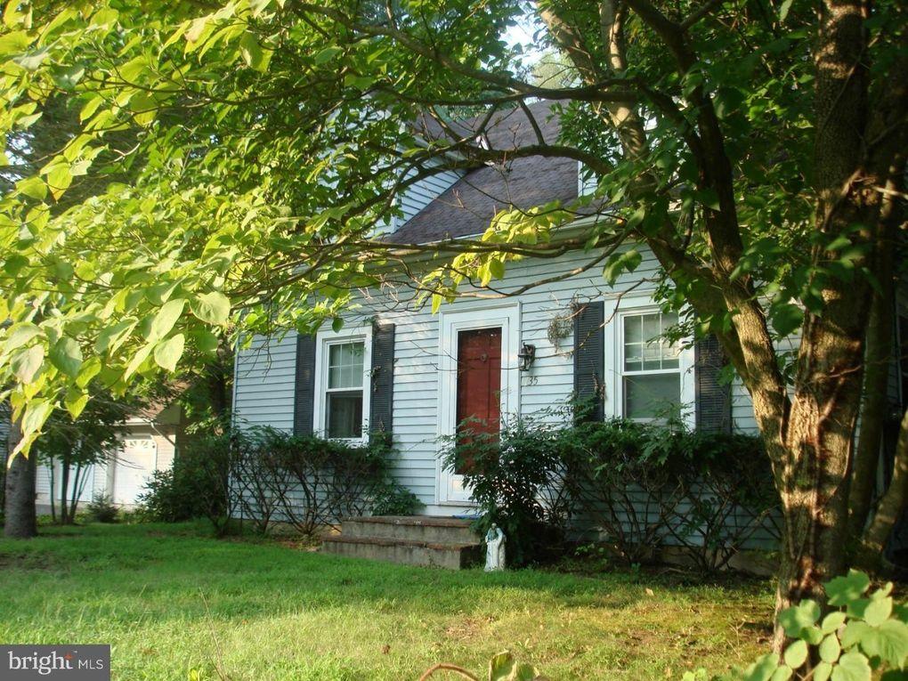 135 Cranbury Rd, Princeton Junction, NJ 08550