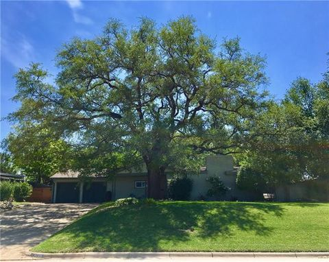 Photo of 4759 Westridge Ave, Fort Worth, TX 76116