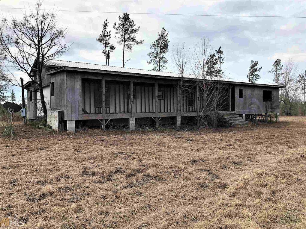 62 Wiregrass Rd, Midville, GA 30441