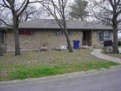 Photo of 2400 Kent Cir, Greenville, TX 75402