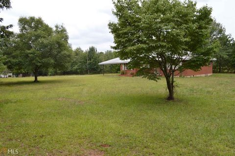 Photo of 1949 Pucketts Dr Sw, Lilburn, GA 30047