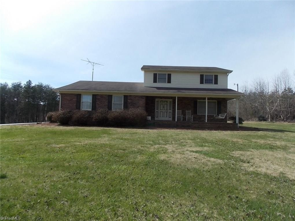 1958 Reeves Mill Rd Mount Airy, NC 27030