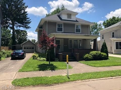 Photo of 51 Canal St W, Navarre, OH 44662