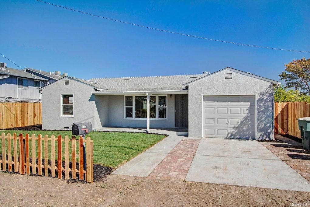412 N Maple Ave Manteca, CA 95336