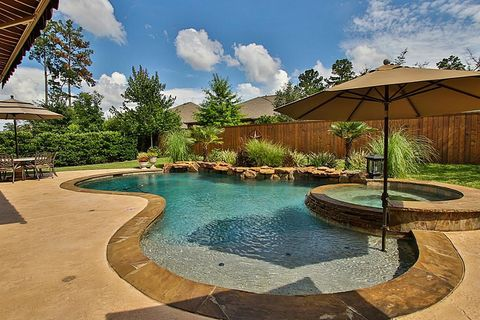 The woodlands tx houses for sale with swimming pool for Swimming pools the woodlands tx