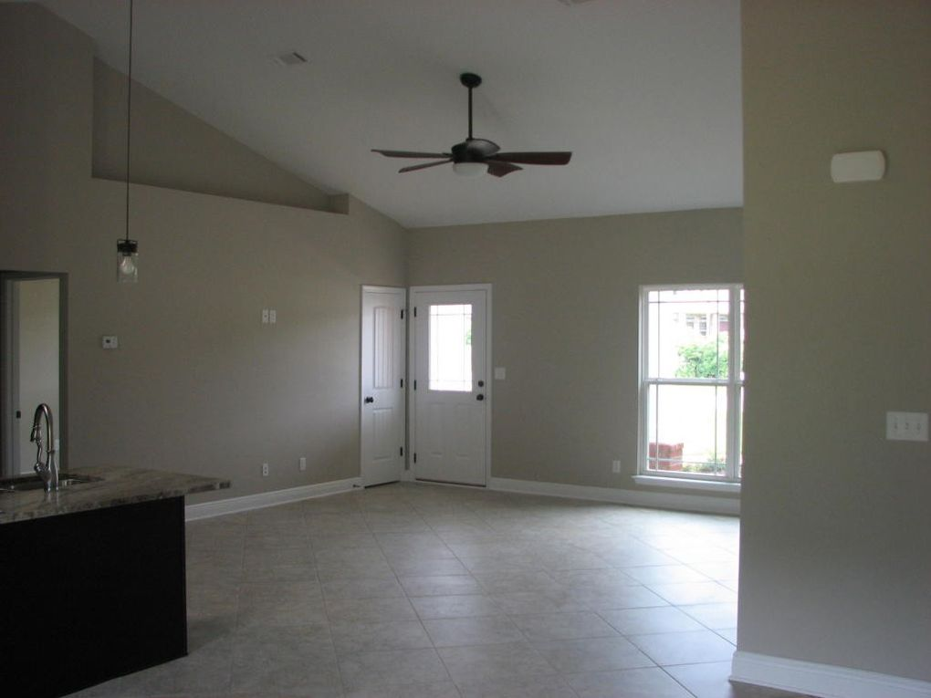 Price Plantation Rd, Baker, FL 32531