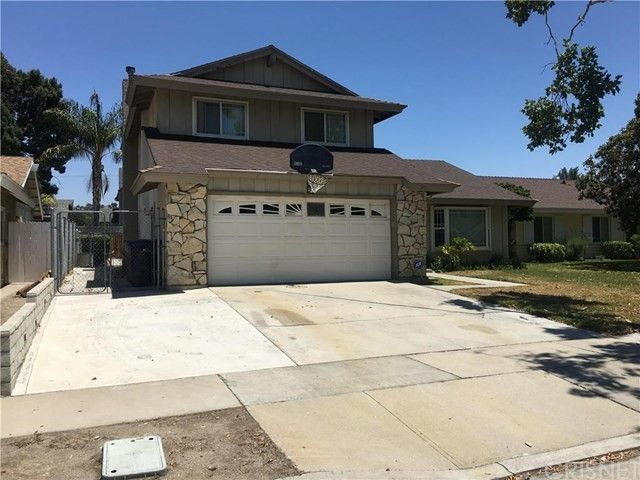 27412 Dolton Dr, Canyon Country, CA 91351