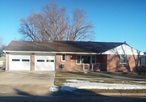 Photo of 202 E 3rd St, Laurel, NE 68745