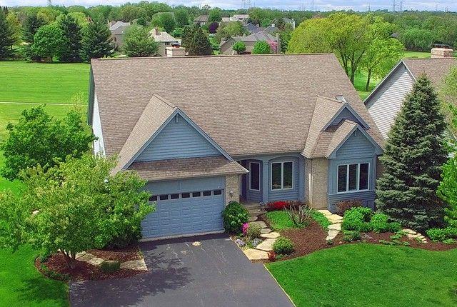67 Brittany Dr Oakwood Hills, IL 60013