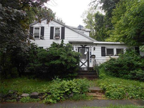 Photo of 203 Pleasant St, Manlius, NY 13104