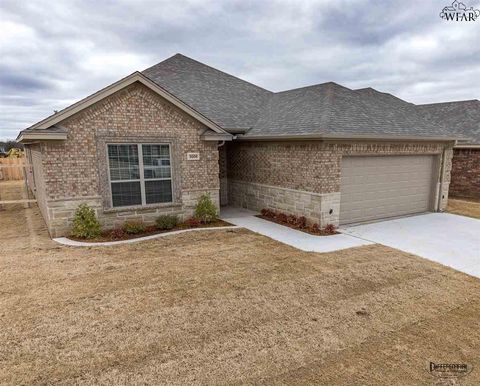Photo of 5008 Blue Mesa Ln, Wichita Falls, TX 76310