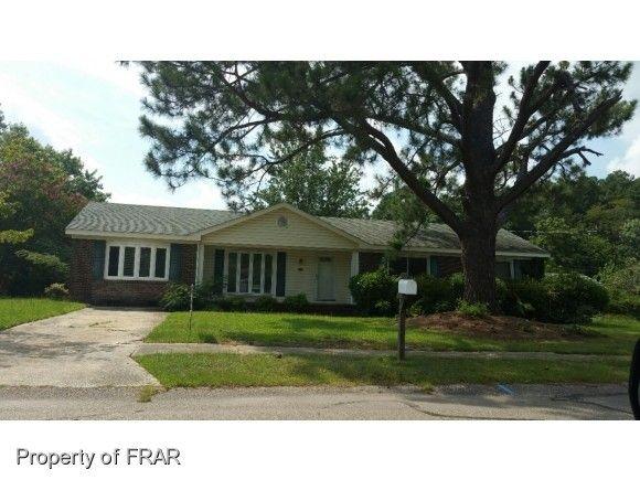 624 Hermosa Ct, Fayetteville, NC 28314