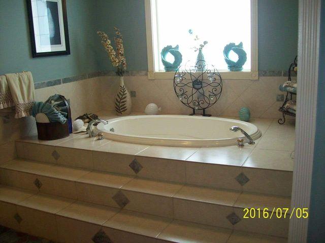 Bathroom Sinks Jackson Ms 5340 raymond rd, jackson, ms 39212 - realtor®