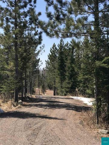 Photo of 302 Superior Heights Rd, Knife River, MN 55609