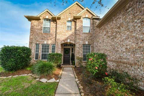 Photo of 6801 Jarred Ct, Pearland, TX 77584