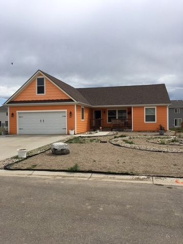 201 Sw 6th St, Tioga, ND 58852