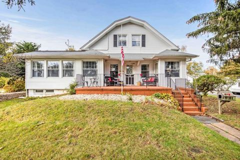 110 Monmouth Dr, Deal, NJ 07723