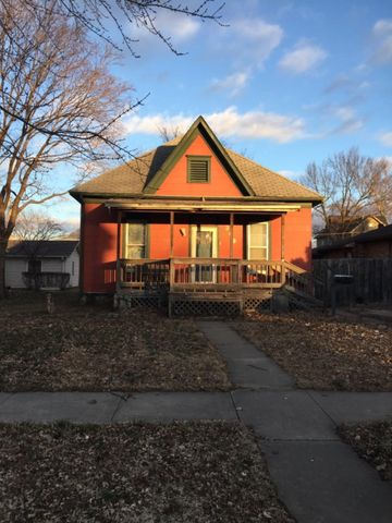 Photo of 309 N Walnut St, Iola, KS 66749