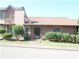 Photo of 240 Highland Villa Cir, Nashville, TN 37211