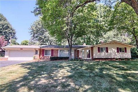 6720 Woodside Trl, West Bloomfield Township, MI 48322