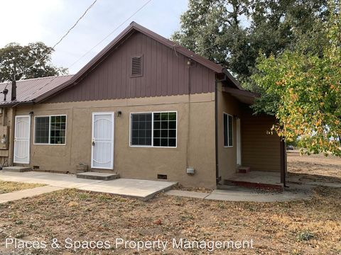 Photo of 2536 Barney St, Anderson, CA 96007
