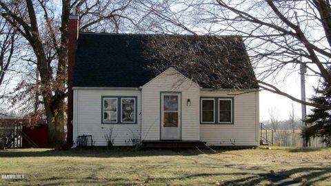 501 E Ridge St, Mount Carroll, IL 61053