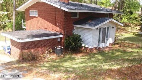 6724 Hill St, Grifton, NC 28530