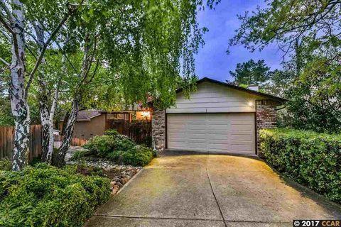 4 Saint Louis Ln, Pleasant Hill, CA 94523