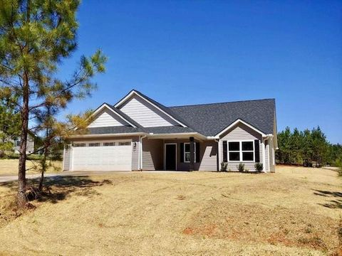 Photo of 400 Green View Ct, Westminster, SC 29693