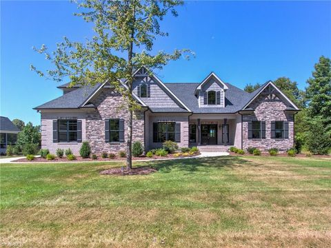 Photo of 8183 Rob Roy Dr, Summerfield, NC 27358