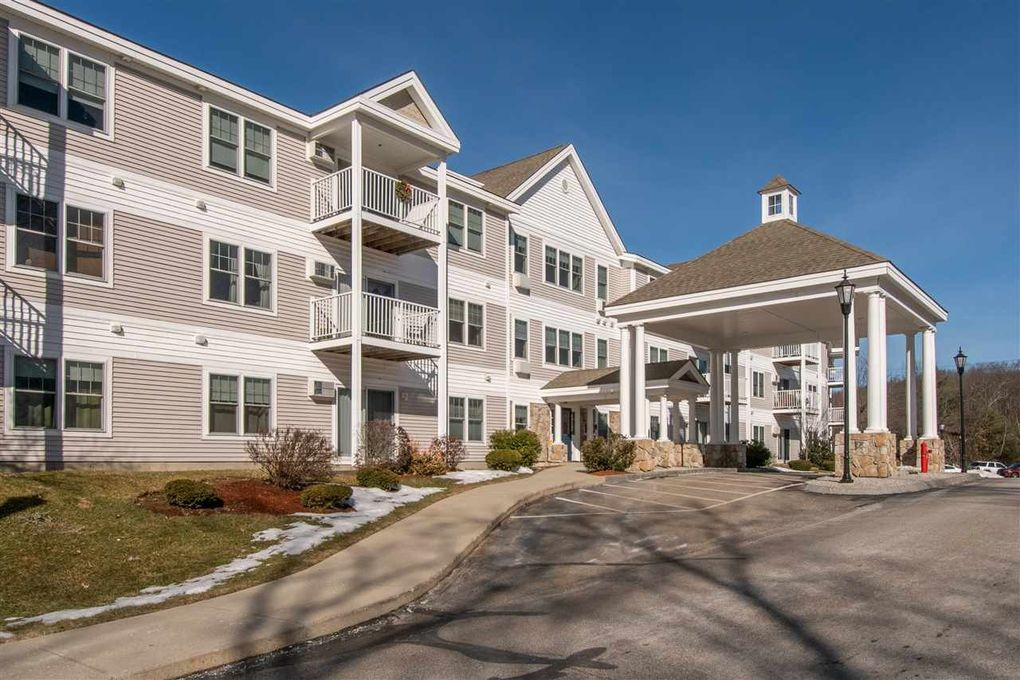 245 Edward J Roy Dr Unit 212, Manchester, NH 03104