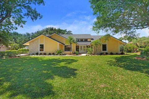 26 Sheldrake Ln, Palm Beach Gardens, FL 33418
