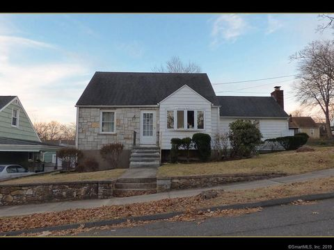 Photo of 48 Ann St, West Haven, CT 06516